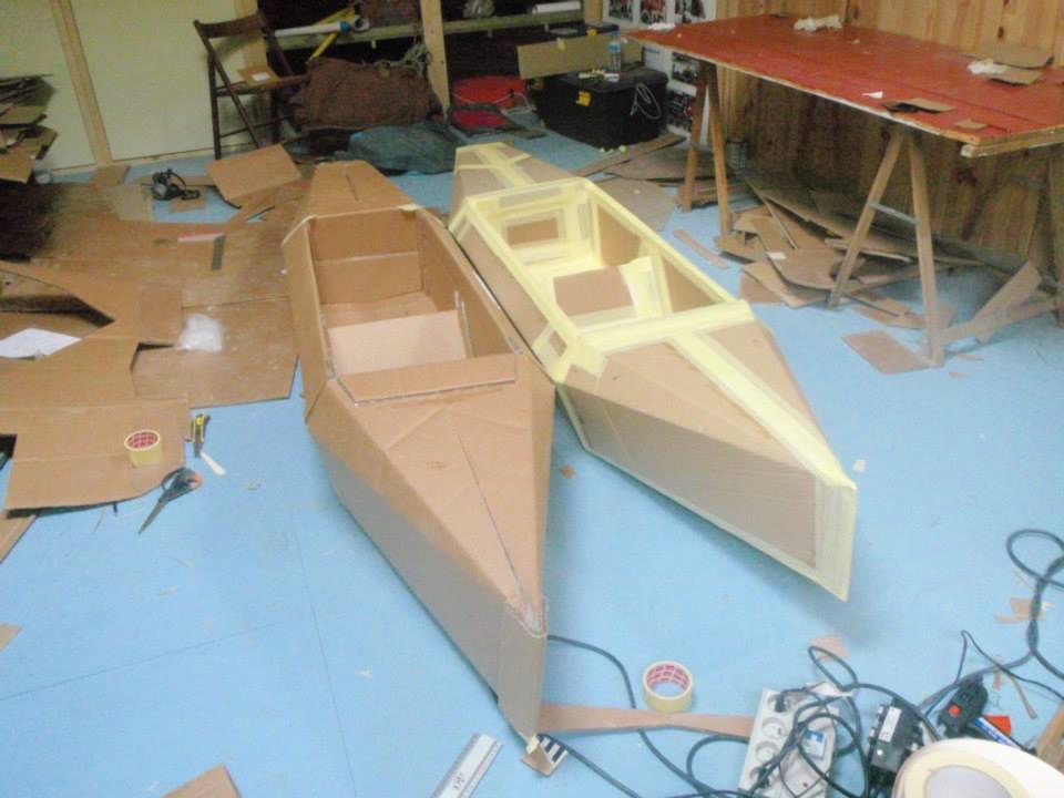 kayaks_carton_DZ