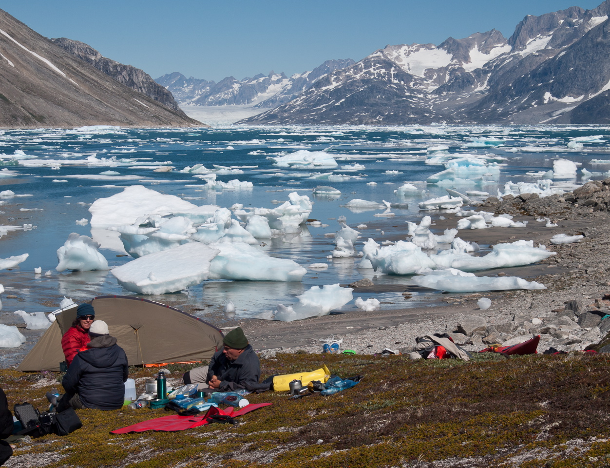 Bivouac en bord de fjord